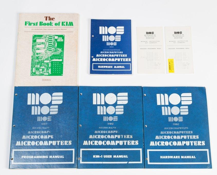 MOS Kim-1 boeken